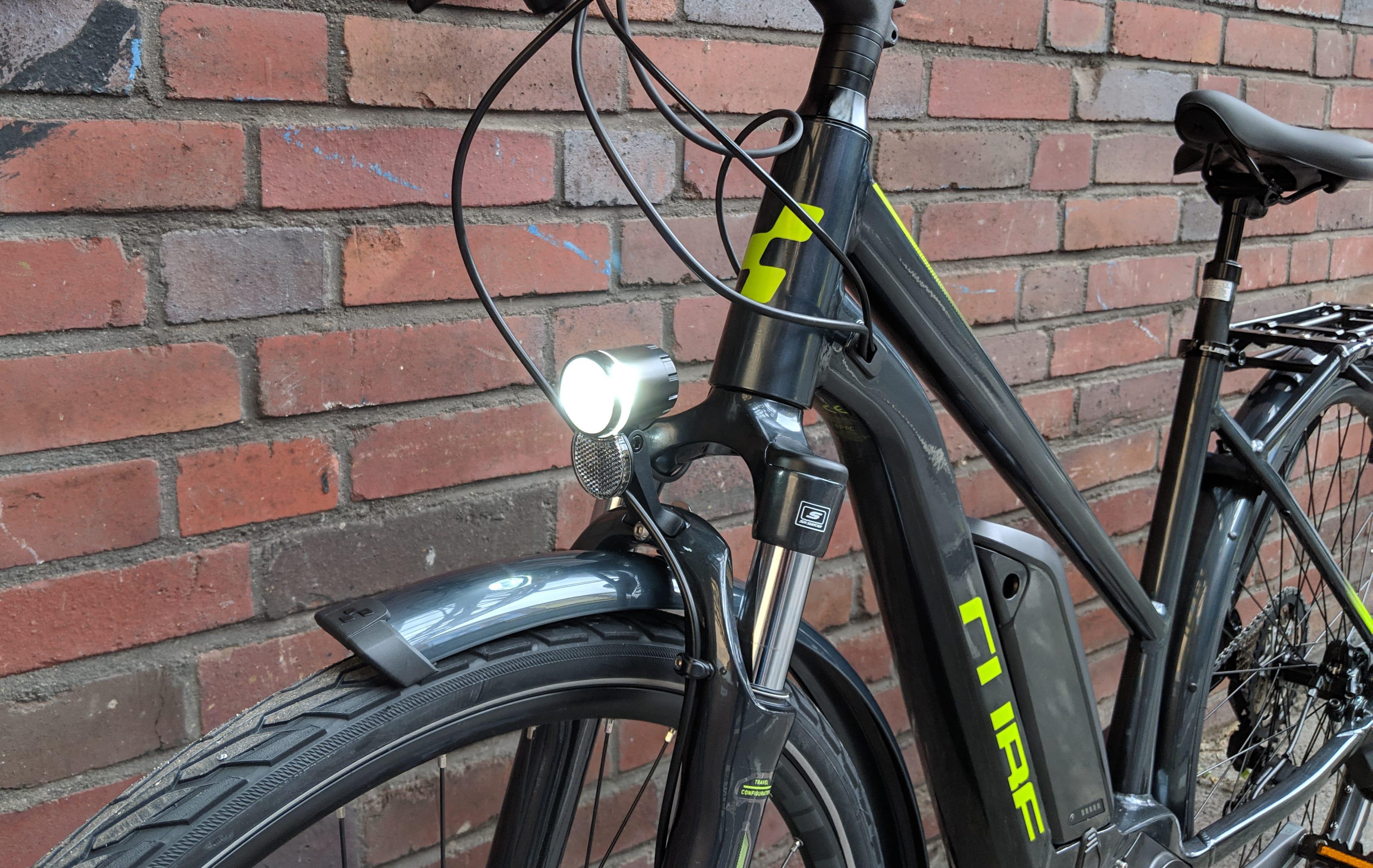 Lucky Bike Testbericht zum Cube Kathmandu Hybrid Pro 500 2019 - Schönes E-Bike bzw. Pedelec von Cube mit starker lichtanlage von Trelock