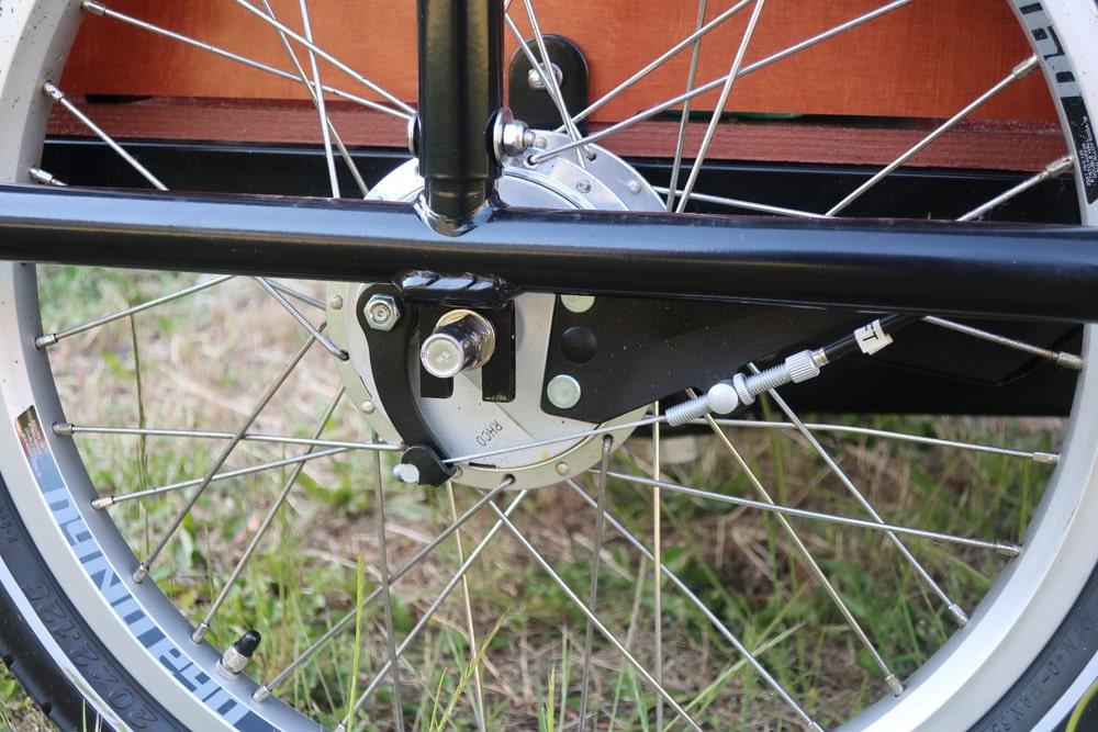 Elektro-Lastenrad mit Trommelbremse - Babboe Big-E Qwic - Testbericht Lucky Bike Radlbauer