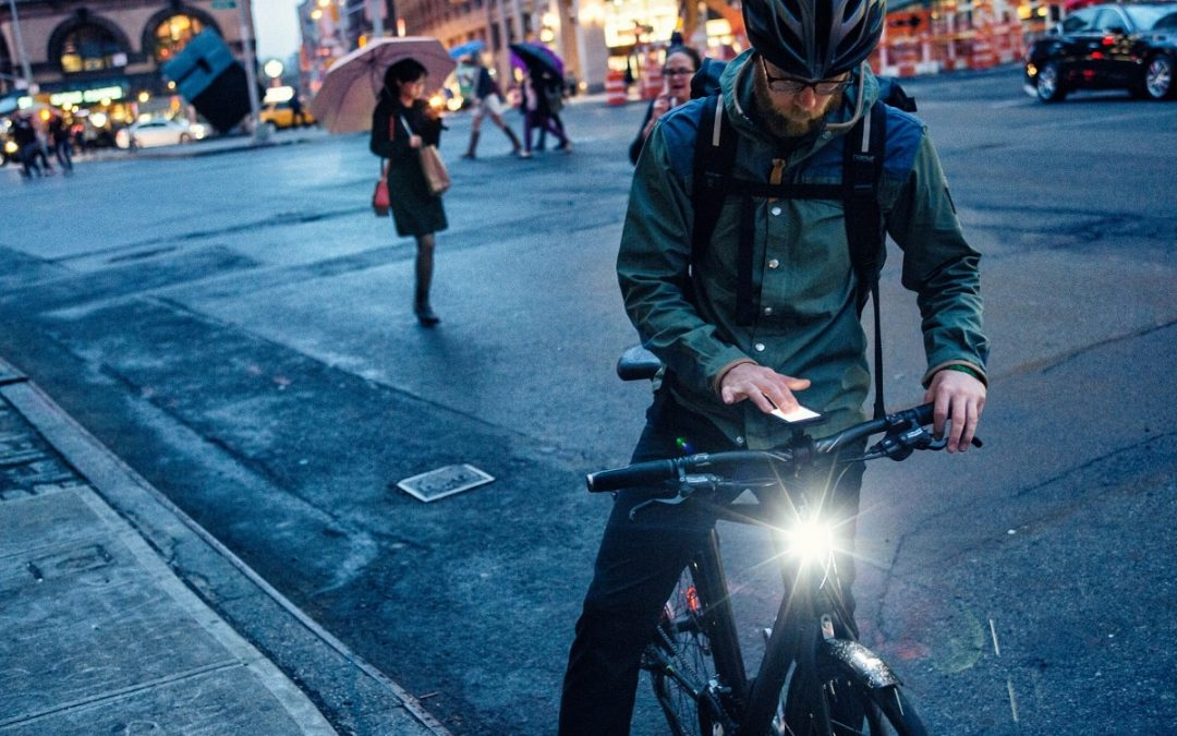 Licht an! Darauf musst du bei der Beleuchtung am Fahrrad achten