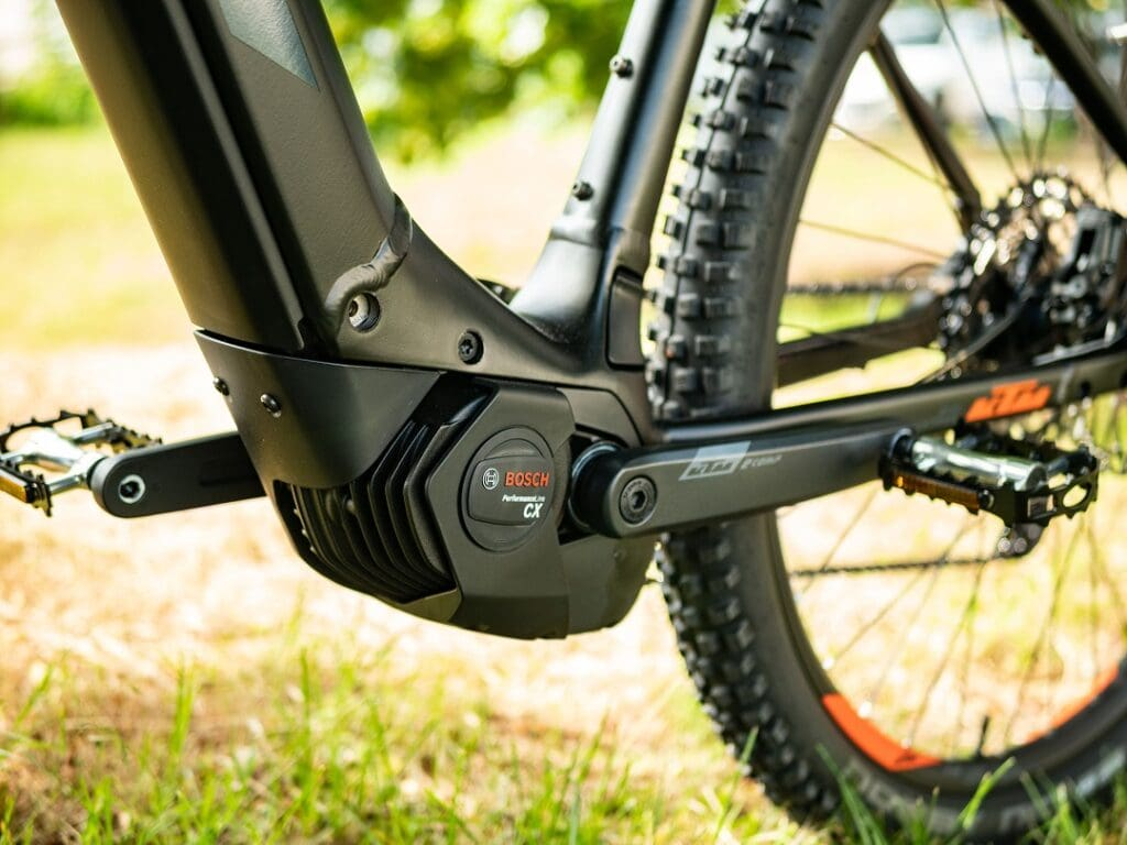 KTM Macina Team Pro 2020 mit perfekt integriertem Bosch Motor online kaufen