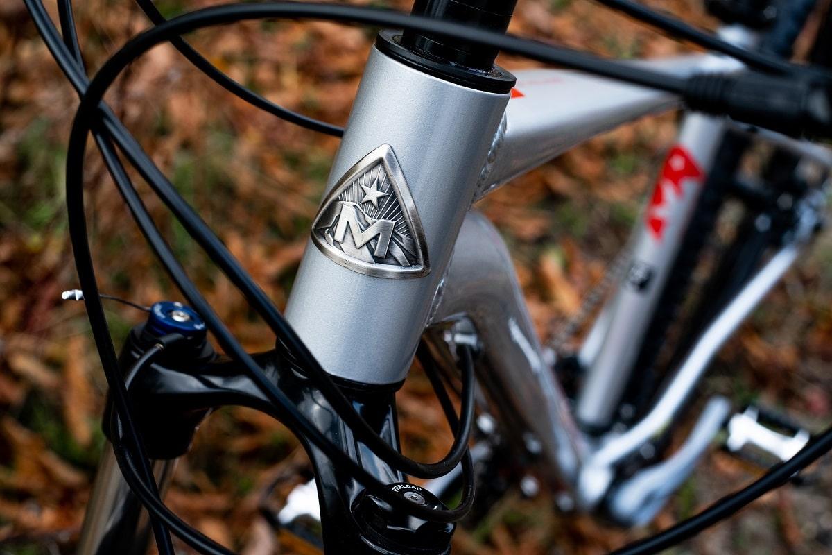 Marin Bobcat LTD Alivio - Lucky Bike Test - Front Logo