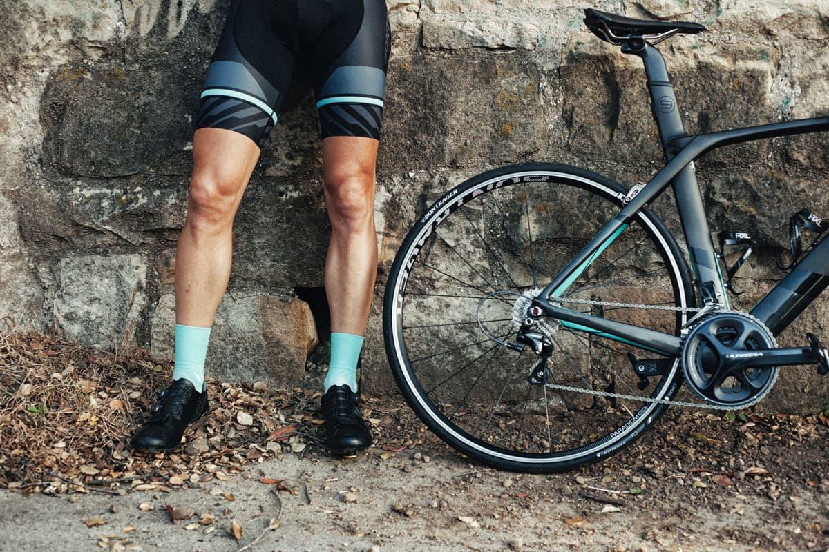 Rennrad Schaltungen im Vergleich - das wichtigste zu den Schaltgruppen von Shimano und SRAM