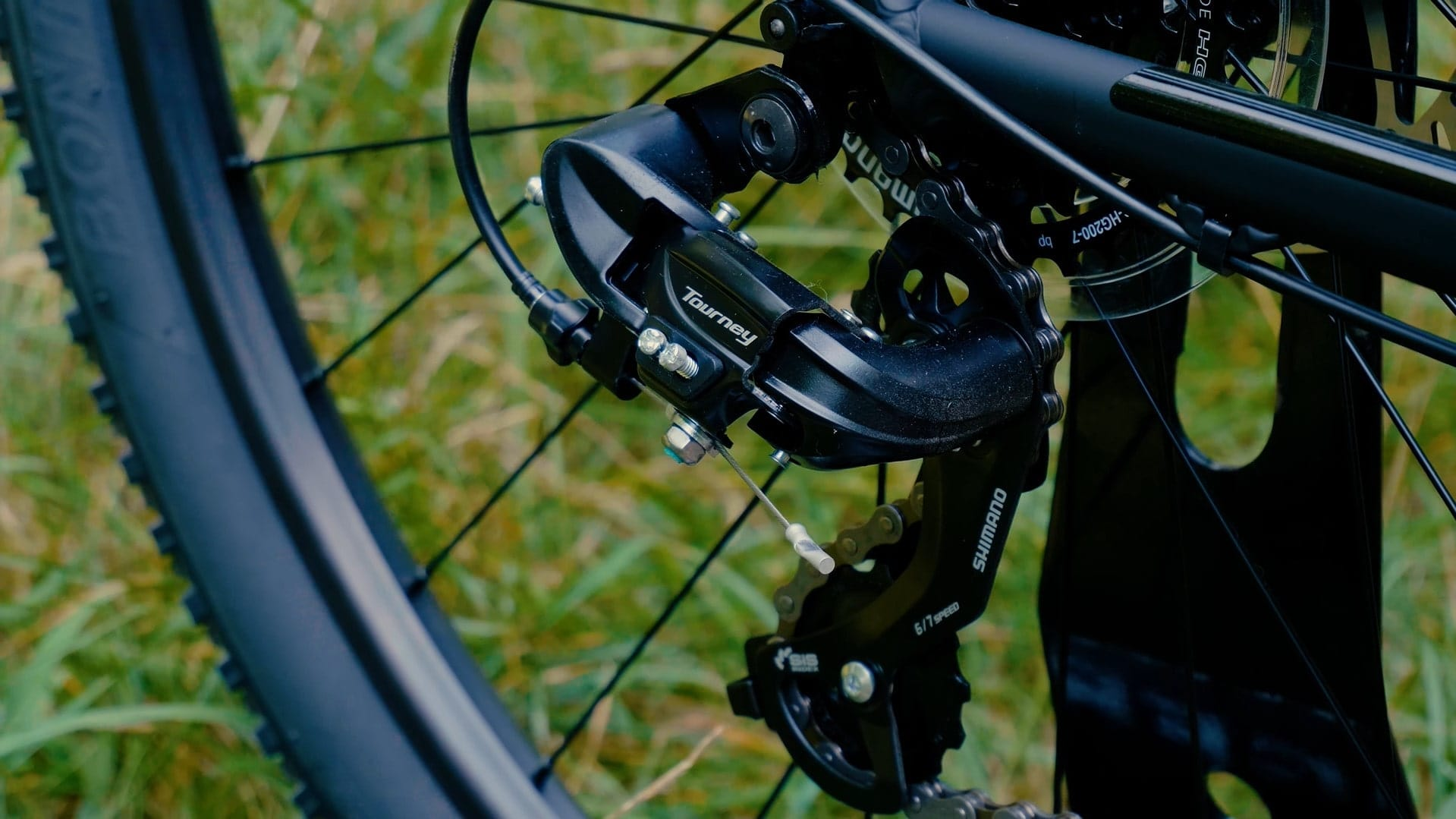 Trek Marlin 5 2020 - Einstiegs-Mountainbike - MTB Shimano Tourney Schaltwerk