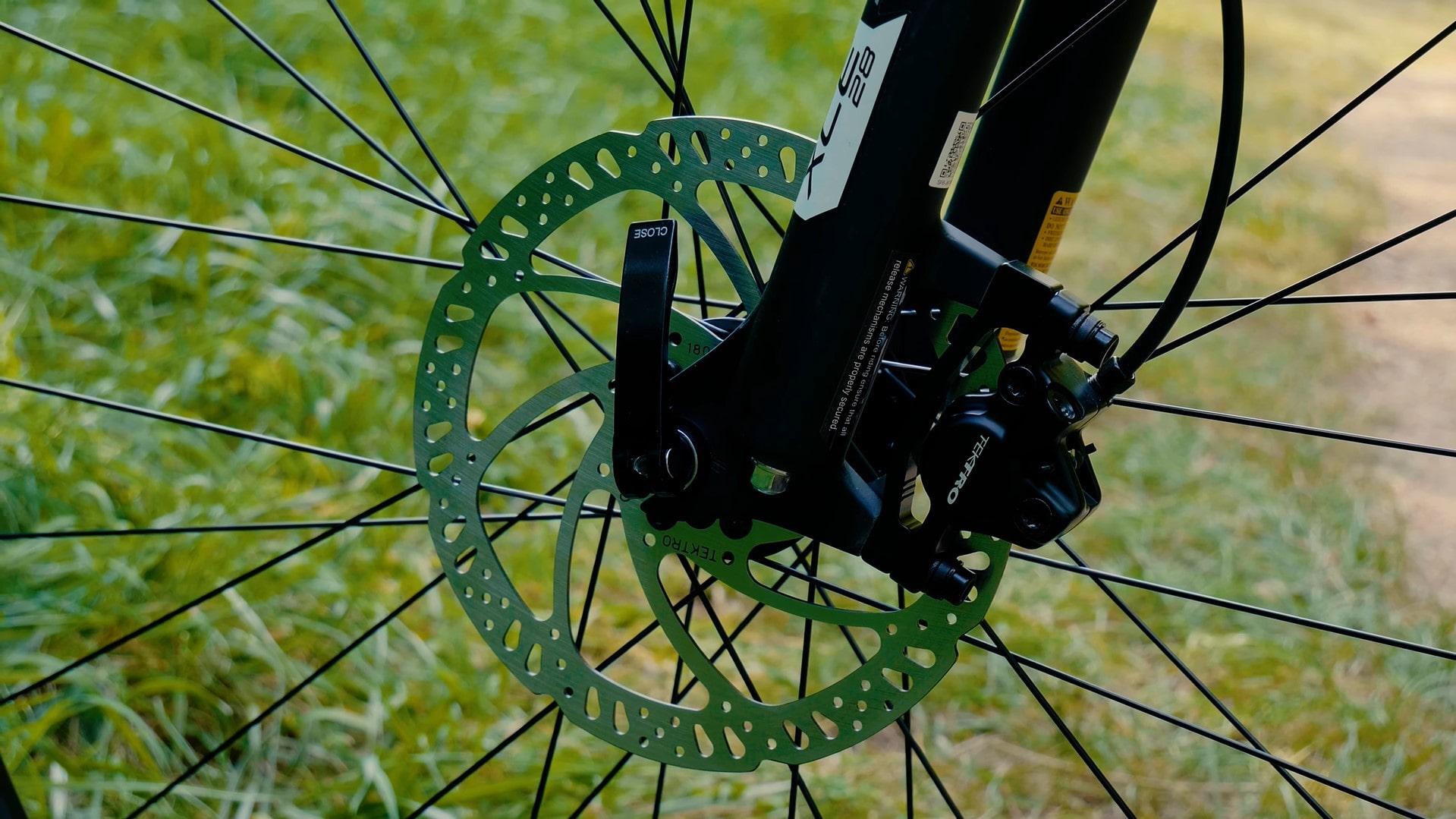 Trek Marlin 5 2020 - Einstiegs-Mountainbike - MTB - hydraulische Tektro Scheibenbremse