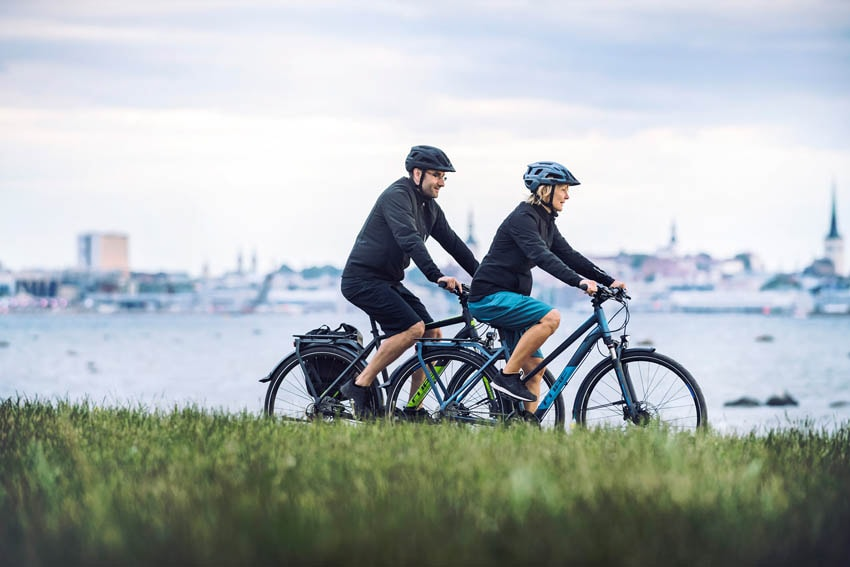 Trekkingbikes der Cube Travel Serie online kaufen