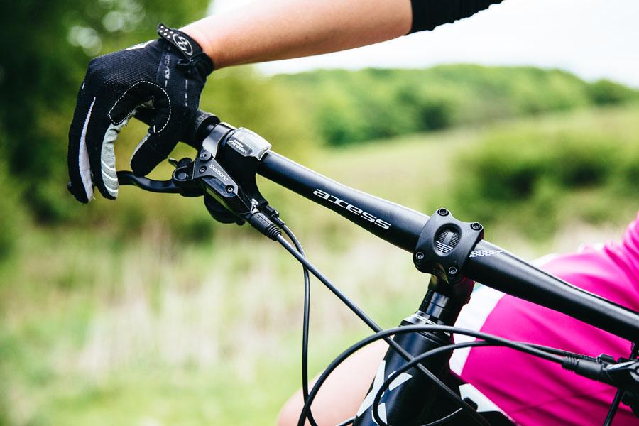 Damen MTB online kaufen - Axess im Lucky Bike Online-Shop
