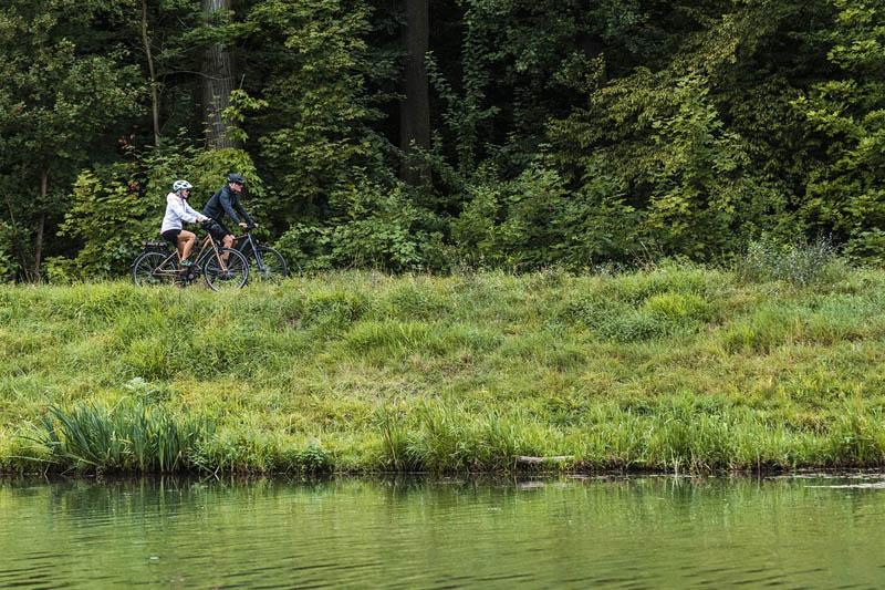 E-Trekkingbike bei Lucky Bike - Trekkingbikes mit elektrischem Motor von Cube günstig bei Lucky Bike im Online Shop kaufen