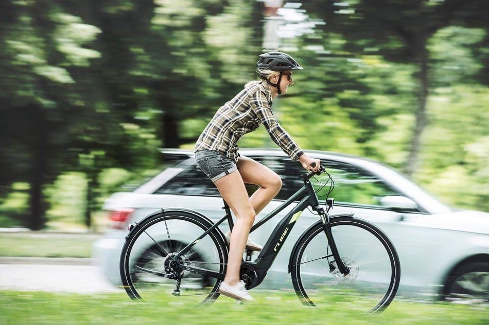 Elektrofahrräder bei Lucky Bike im Online-Shop kaufen - E-Bikes und Pedelecs u.a. von Cube