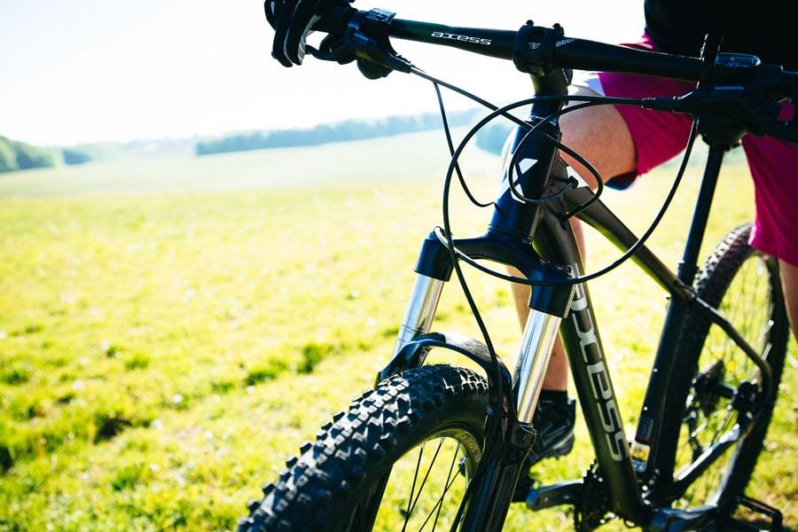 Mountainbike bei Lucky Bike im Online-Shop kaufen - Mountainbikes für Herren und Damen - Axess
